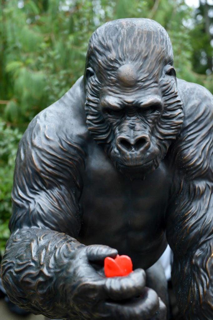 Ivan gorilla sculpture
